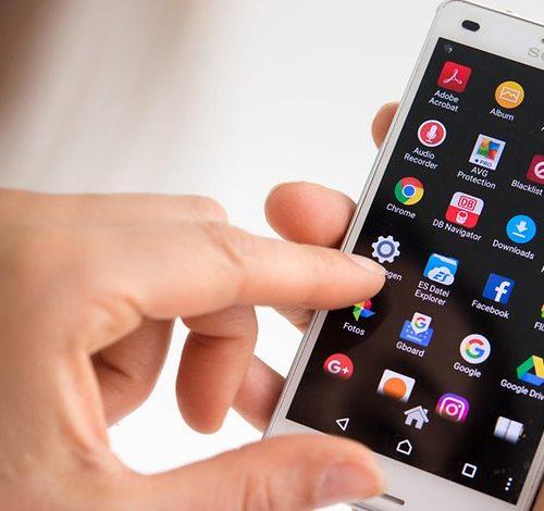 10 MODI IN CUI LO SMARTPHONE STA CAMBIANDO LA NOSTRA VITA